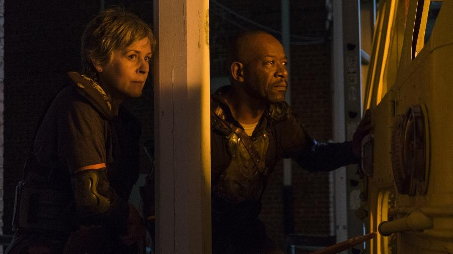 "Morgan (à direita) vai sair de ""Walking Dead"" - Divulgação"