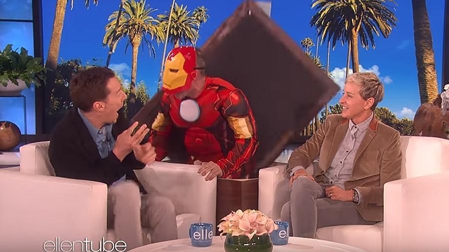 Benedict Cumberbatch leva um susto do Homem de Ferro no programa da Ellen DeGeneres - Reprodução