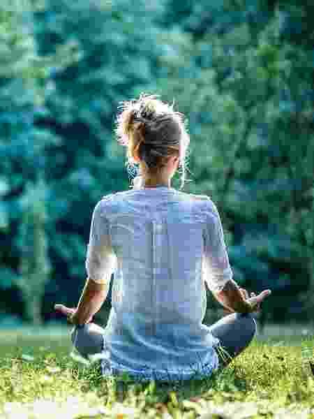 Meditação e yoga podem causar mais ansiedade em pessoas que sofrem com o transtorno, diz novo estudo - iStock