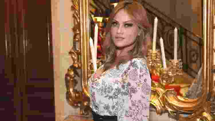 Ellen Roche na festa de lançamento de Éramos Seis na Casa Julieta de Serpa, no Rio - Roberto Filho/Brazil News - Roberto Filho/Brazil News