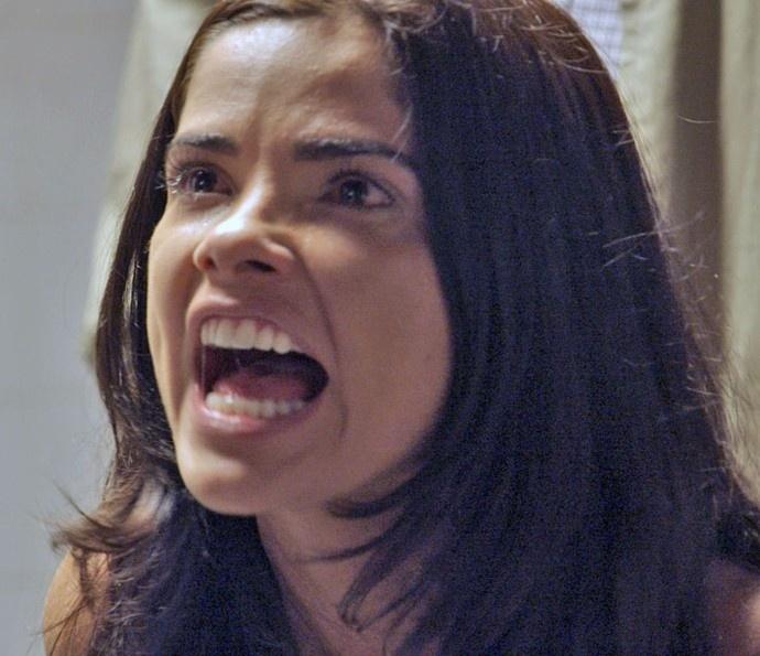 Tóia enfrenta Zé Maria e leva tapa na cara