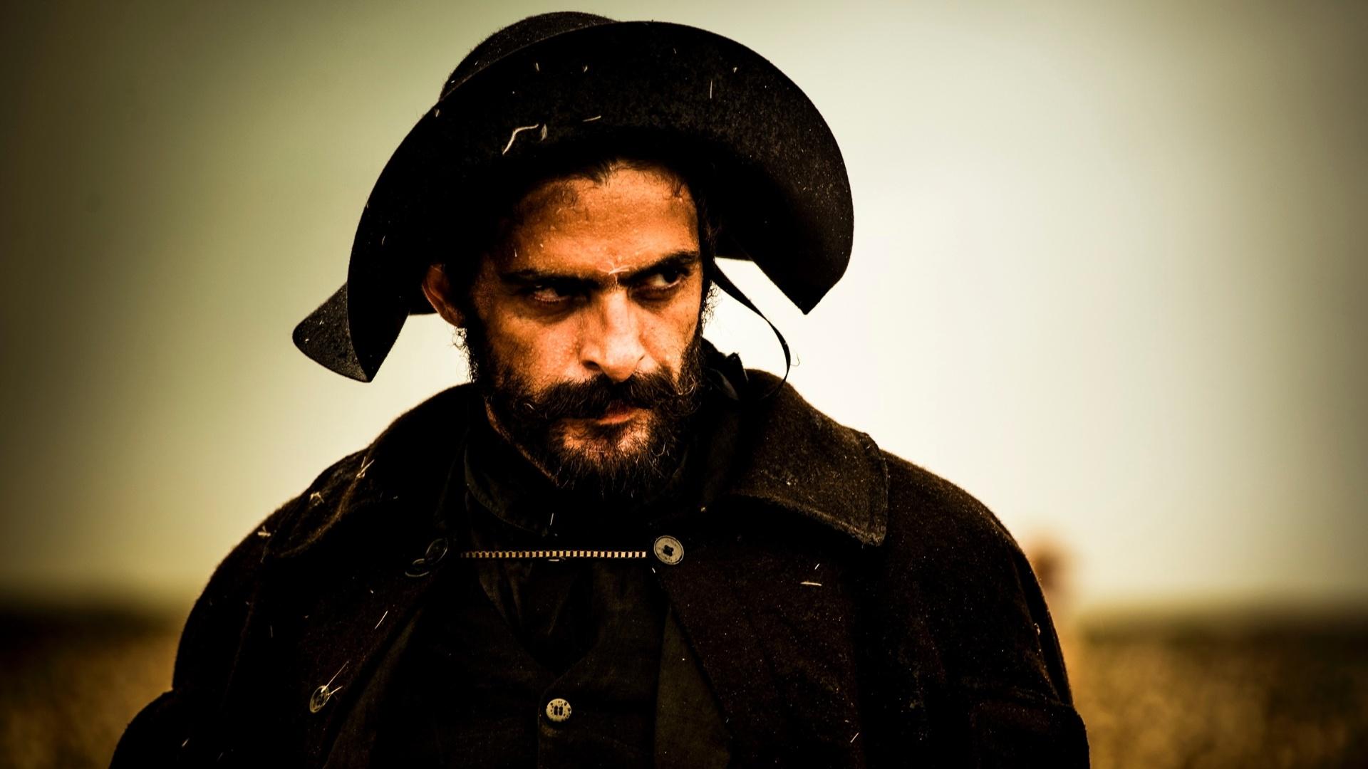 O ator Júlio Machado, como Clemente, em