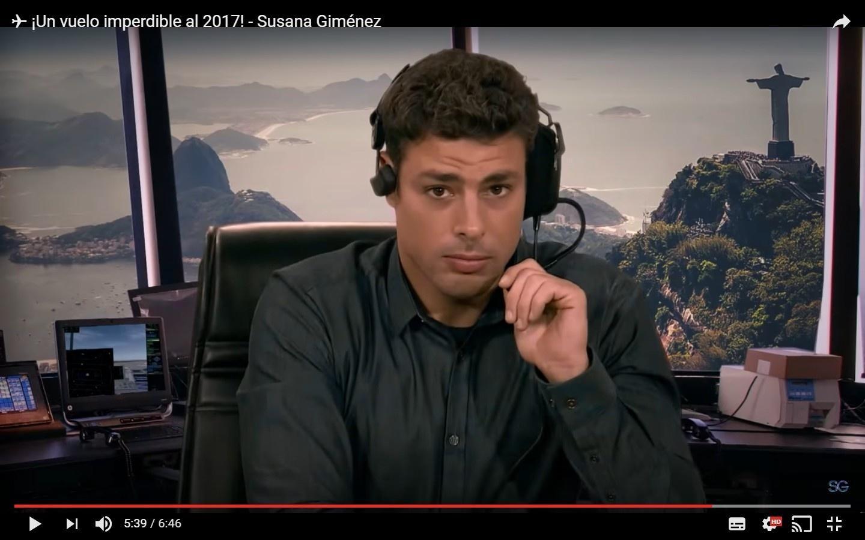 Cauã Reymond participa de esquete de fim de ano da apresentadora argentina Susana Gimenez