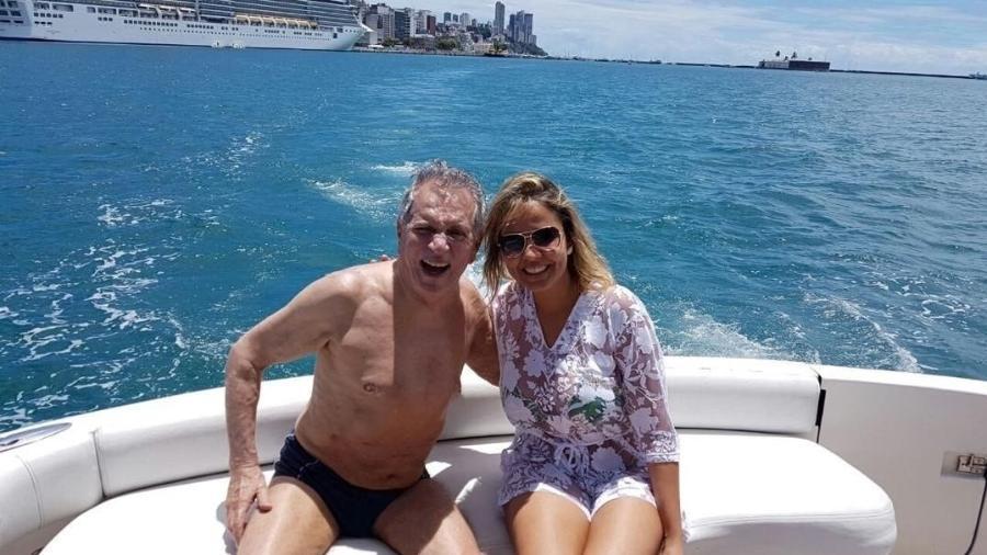 Carlos Alberto de Nóbrega e a namorada, Renata Domingues, curtem férias em Salvador - Reprodução/Instagram/calbertonobrega
