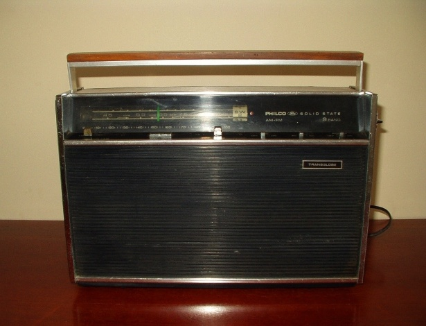 O velho rádio, agora com a internet: solução para torcedores da dupla Atletiba - Reprodução/Carrocultura