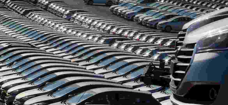 Vendas de carros zero km têm crescido e, com isso, 2018 deve superar números de 2017 - Jorge Araújo/Folhapress