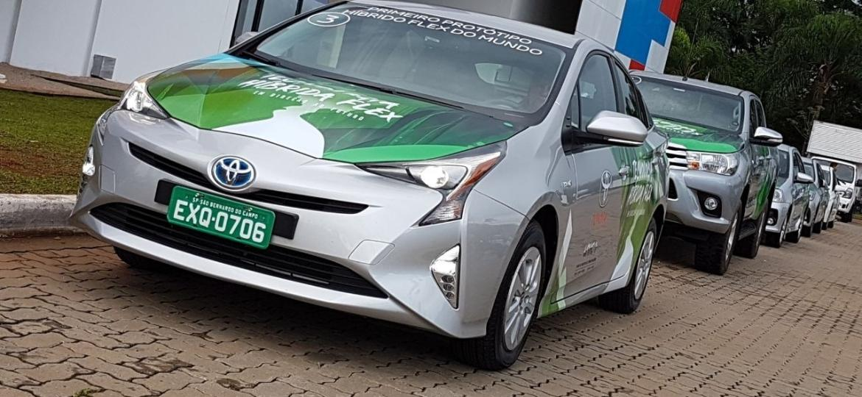 Toyota Prius Flex: visual é o mesmo do Prius comum (a gasolina), exceto por adesivos promocionais - Murilo Góes/UOL