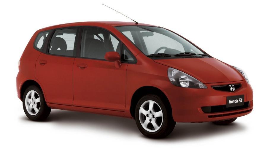 Honda Fit é um exemplo de carro que não é amado pela aparência, mas cativa pela confiabilidade e pela cabine modular - Divulgação