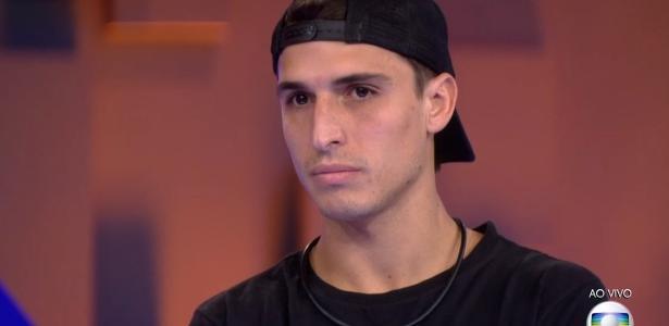 Corinthians desiste de convite após acusações contra Felipe Prior
