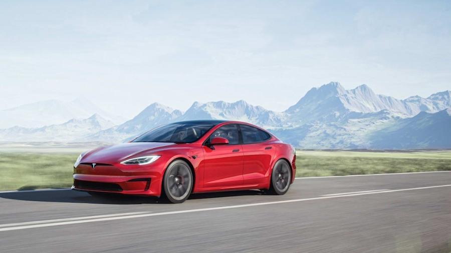 Tesla Model S Plaid - Divulgação