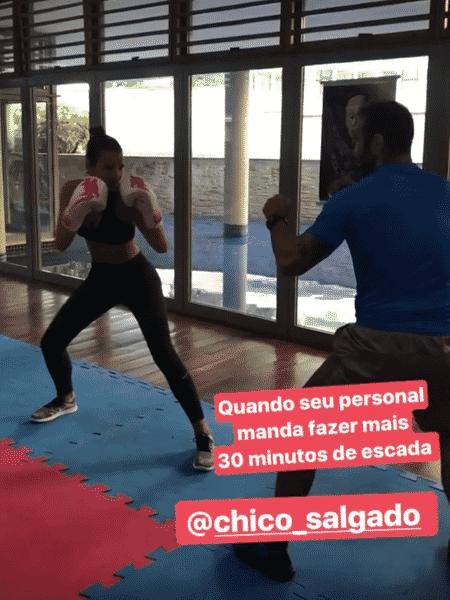 Bruna Marquezine em aula com o personal trainer, Chico Salgado - Reprodução/Instagram