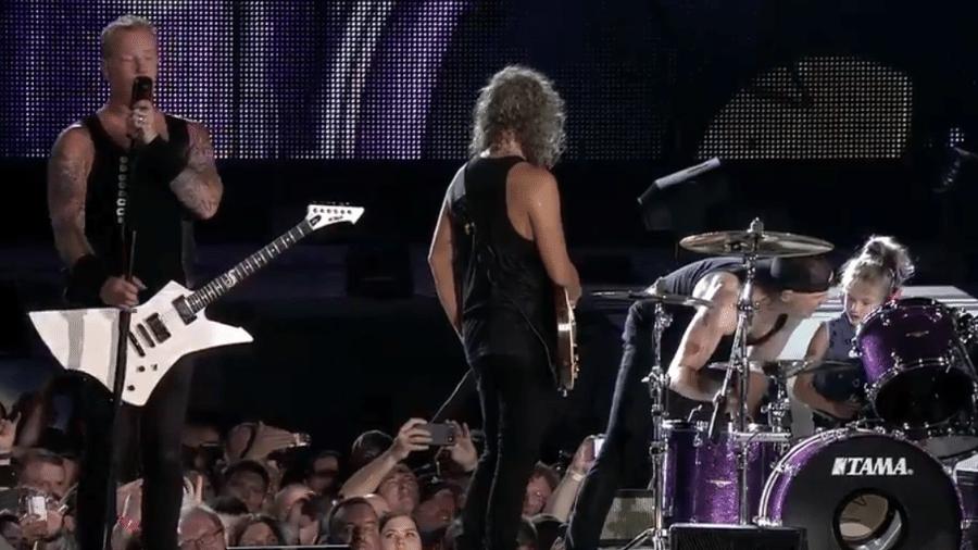 Metallica chama criança para o palco em show nos Estados Unidos - Reprodução/Twitter