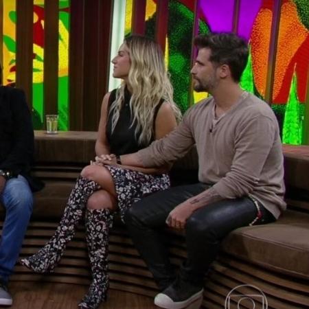 """Giovanna Ewbank, Bruno Gagliasso e Milton Nascimento no """"Conversa com Bial"""" - Reprodução/Globoplay"""