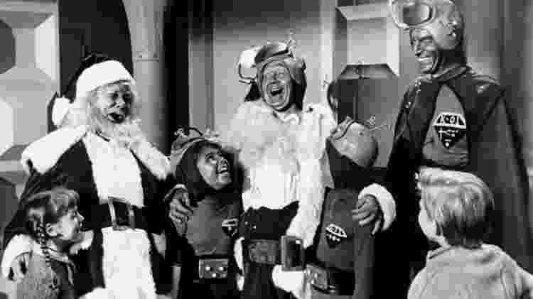"""Cena de """"Papai Noel Conquista os Marcianos"""", de 1964 - Divulgação - Divulgação"""