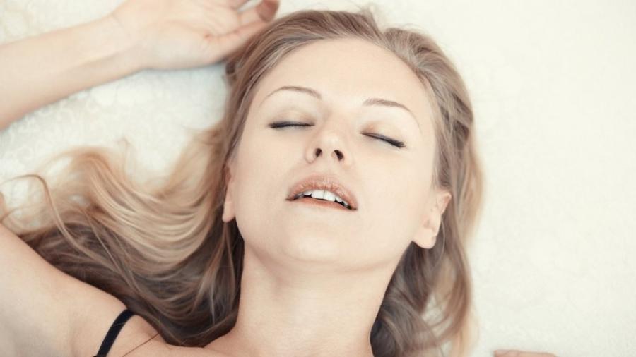 O orgasmo é influenciado por fatores psicológicos, emocionais, físicos e até hormonais - Getty Images