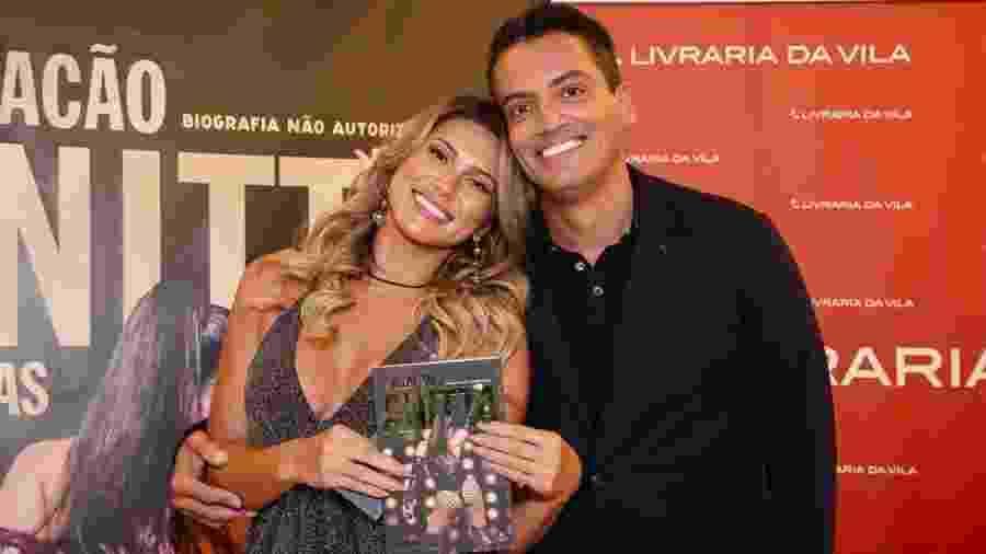 Lívia Andrade, a aniversariante desta quinta, e Leo Dias - Manu Scarpa