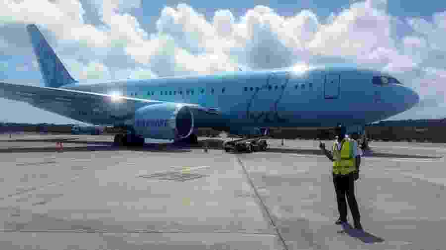 """O """"Air Drake"""", avião particular do rapper canadense  - Reprodução"""