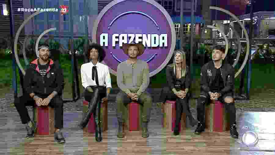 Peões participam da última formação de roça por votos em A Fazenda 2019 - Reprodução/RecordTV