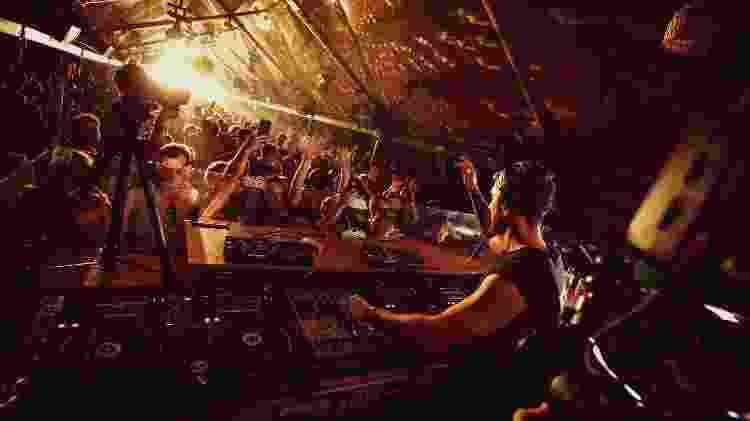 Warung Beach Club, em Itajaí  - Divulgação - Divulgação
