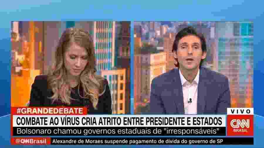 """Tomé Abduch interrompe Gabriela Prioli diversas vezes durante o programa """"Grande Debate"""", da CNN - Reprodução/Twitter"""