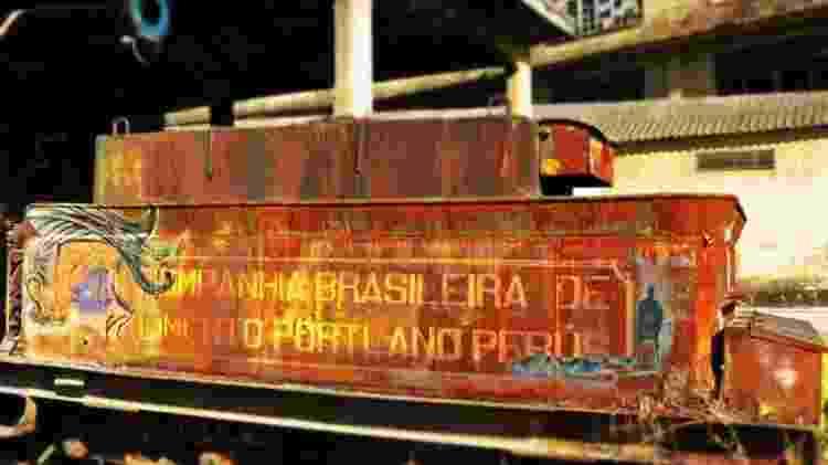 Trem Maria Fumaça na fábrica da Portland em Perus - Humberto Muller - Humberto Muller