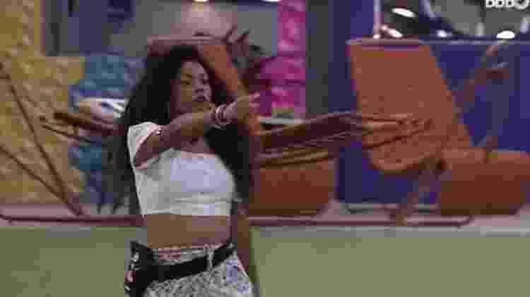 BBB 21: Lumena aponta dedo para Juliette e diz que sister está mentindo - Reprodução/ Globoplay - Reprodução/ Globoplay