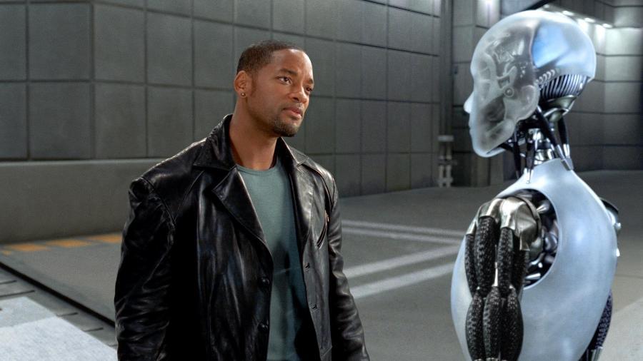 """Cena do filme """"Eu, Robô"""" (2004), que discute sobre a potencial violência de máquinas contra humanos - Reprodução"""