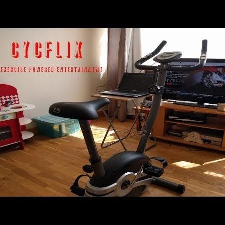 """A bicicleta """"Cycflix"""" foi invenção de um programador - Reprodução/YouTube"""