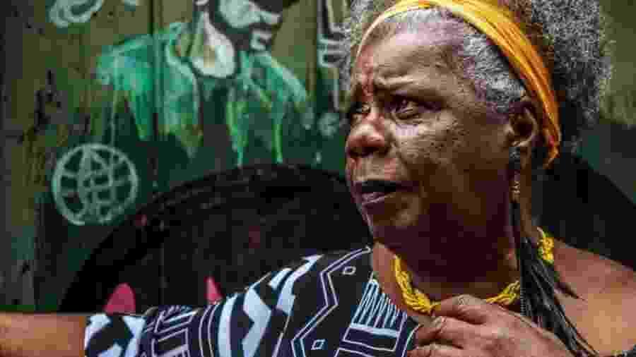 """""""A temática negra não é muito bem aceita"""", diz escritora, cujo primeiro livro levou 20 anos para ser publicado - Joyce Fonseca"""