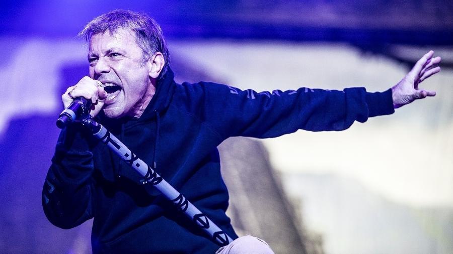 Bruce Dickinson , do Iron Maiden, em show em 2016 em São Paulo - Lucas Lima/UOL