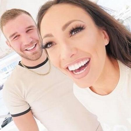 Sophie Gradon com o namorado - Reprodução/Facebook