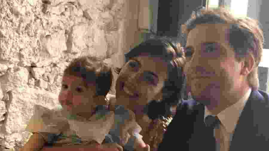 Gregório Duvivier e Giovanna Nader com a filha, Marieta - Reprodução/Instagram