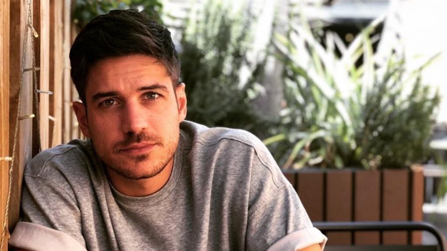Marco Pigossi deixou a Globo em abril e logo assinou um contrato com a Netflix - Reprodução/Instagram/@marcopigossi