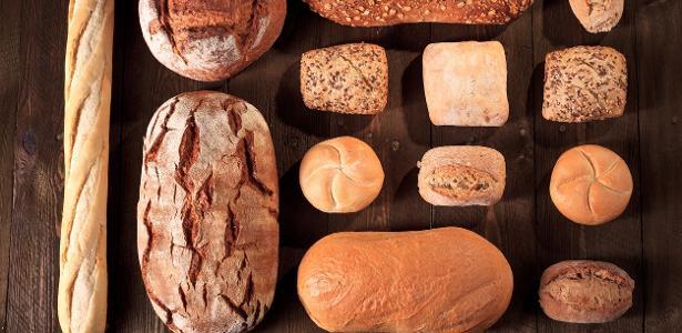 Quantas calorias têm no pãozinho que você come? Compare 7 tipos