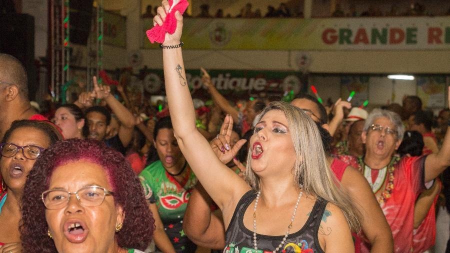 Comunidade ensaia na quadra da Grande Rio - Mario Grave/Divulgação