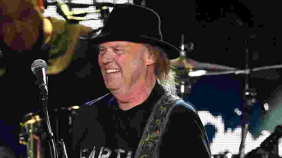 Neil Young proibiu a campanha de Trump de usar suas músicas - Kevin Winter/Getty Images