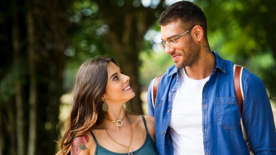 """Lucas Lucco contracena com Giovanna Lancellotti em """"Sol Nascente"""" - CesarAlves/TV Globo/Divulgação"""