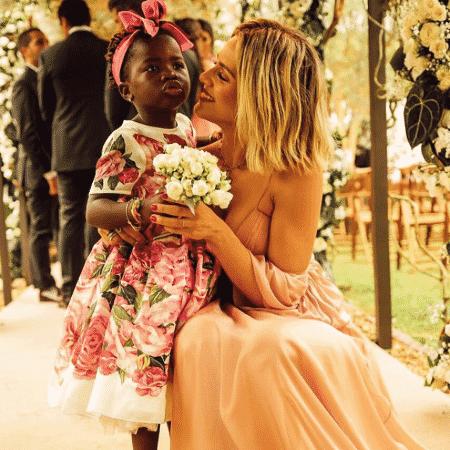 Giovanna Ewbank e Titi no casamento de Marina Ruy Barbosa e Xande Negrão - Reprodução/Instagram - Reprodução/Instagram