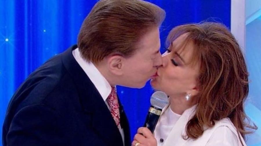 Silvio Santos beija Íris Abravanel durante gravação - Reprodução/Instagram