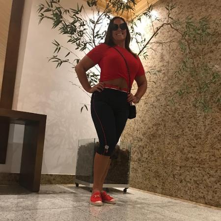 Nadine Gonçalves, mãe de Neymar, explica look vermelho para votar - Reprodução/Instagram/nadine.gonçalves