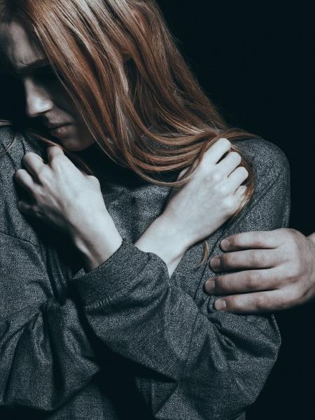 Vítima e família voltaram a sofrer ameaças e tiveram que se mudar; ex-mulher do suspeito também relatou agressões - Getty Images/iStockphoto