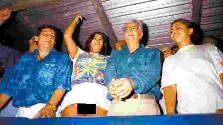 Lilian Ramos apareceu sem calcinha ao lado do então presidente Itamar Franco  - Marcelo Carnaval/Agência O Globo/Folhapress