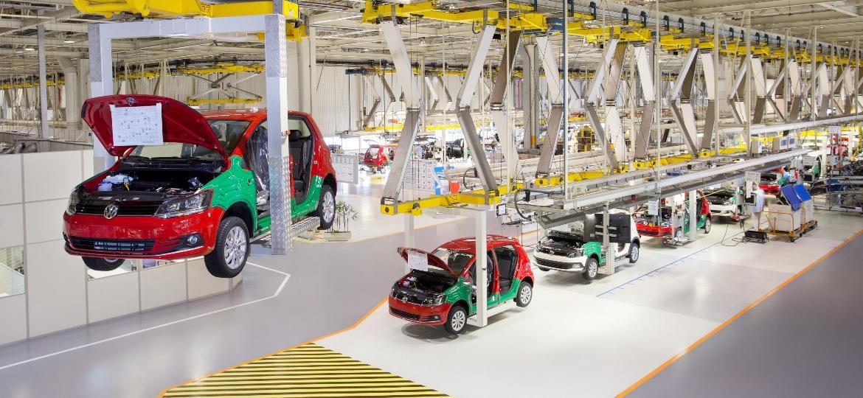 Com fábricas fechadas, montadoras produziram apenas 1.800 carros em abril - Divulgação