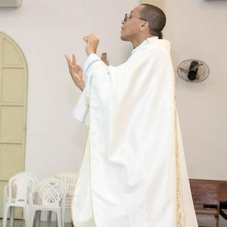 Padre celebra missa em libras para fazer inclusão  - Arquivo Pessoal
