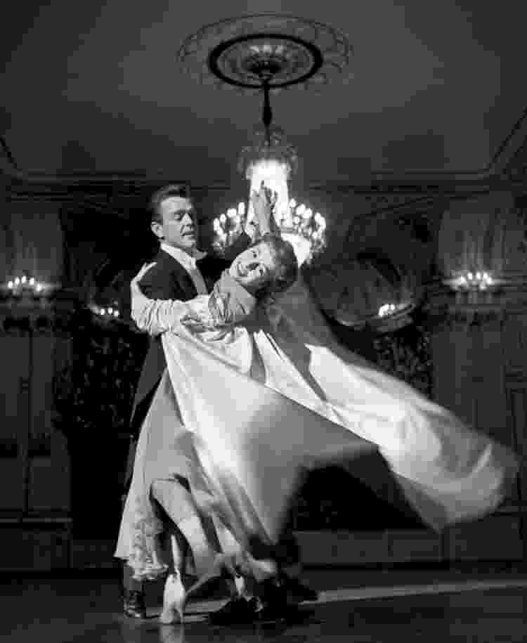 Marge Champion com o marido e parceiro de dança, Gower, em abril de 1958 - Jack Mitchell/Getty Images - Jack Mitchell/Getty Images