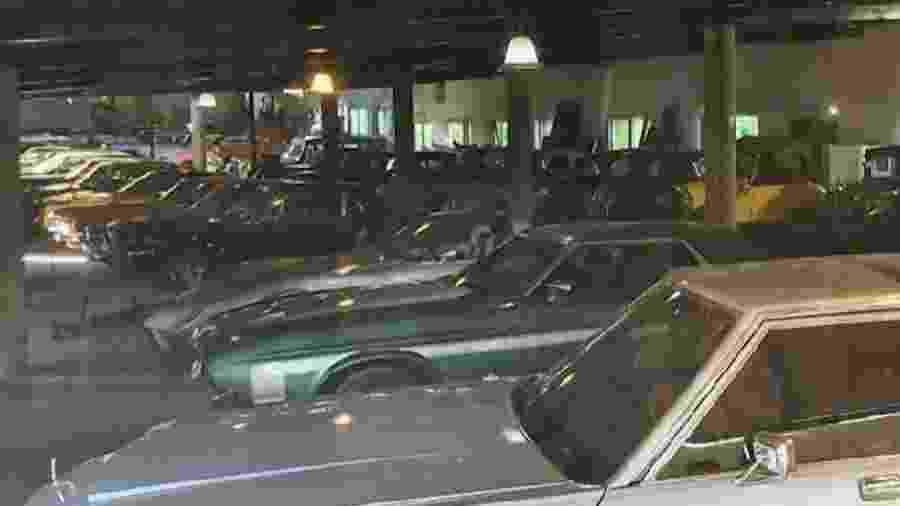 Carros de ex-chefe de polícia da Cidade do México - Reprodução