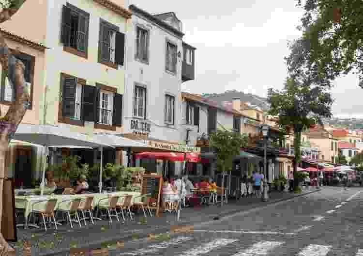 Zona Velha, bairro famoso por seus restaurantes e cafés, em Funchal - Getty Images - Getty Images