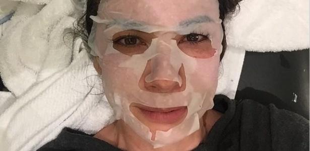 Luciana Gimenez posa no Instagram com máscara facial descartável - Reprodução/Instagram/@lucianagimenez