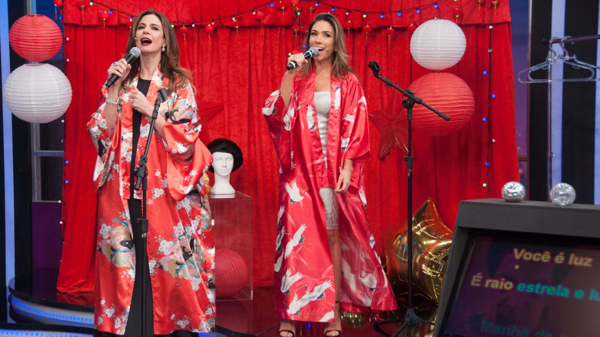 Luciana Gimenez canta com Patrícia Abravanel no