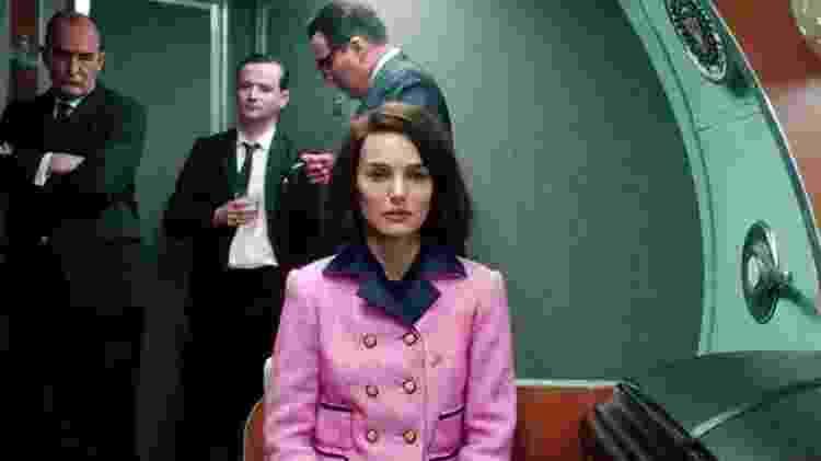 """Natalie Portman em cena de """"Jackie"""", filme em que ela interpreta a primeira-dama dos Estados Unidos viúva do presidente John F. Kennedy - Reprodução - Reprodução"""